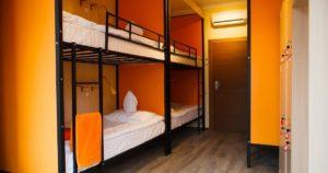 Надо ли переводить жилое помещение на первом этаже для размещения хостела