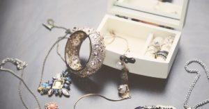 Можно ли поменять ювелирное украшение в магазине