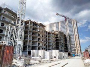 Застройщик расчитывается с подрядчиком квартирой в 2020 году